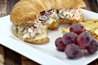chicken-salad-recipe-with-grapes-fi